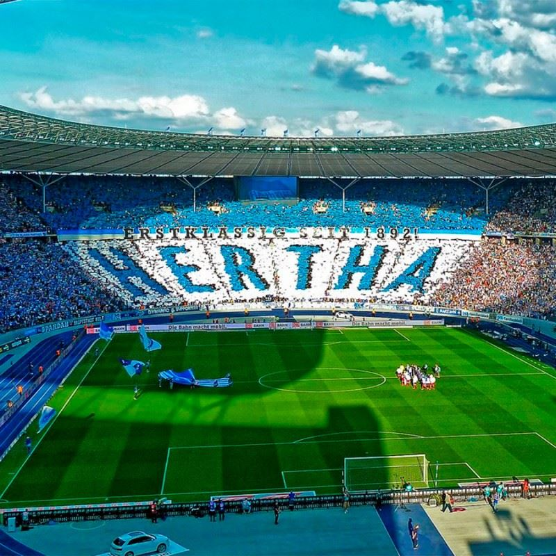 Fodboldrejse til Hertha Berlin - Wolfsburg på Olympiastadion