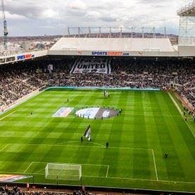 Tag på fodboldrejse til det nordlige England og oplev Newcastle på det fantastiske St James' Park. - Newcastle - Leicester