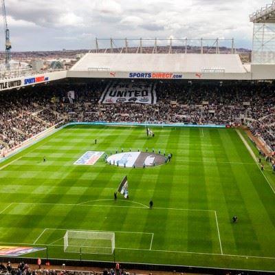 Tag på fodboldrejse til det nordlige England og oplev Newcastle på det fantastiske St James' Park. -