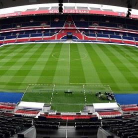 PSG Fodboldrejse til det vidunderlige Paris og oplev verdens dyreste fodboldspiller Neymar og resten af Paris SG stjernerne